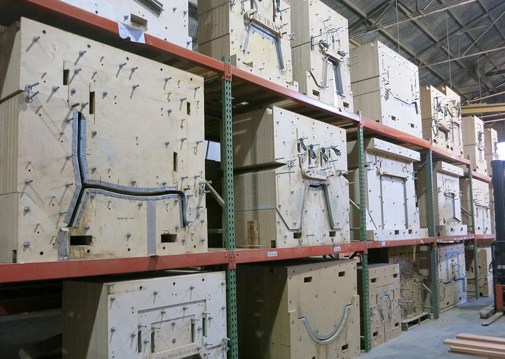 Modernica 97 - Multipart molds
