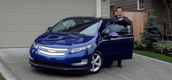 Roger Leases 2012 Chevrolet Volt