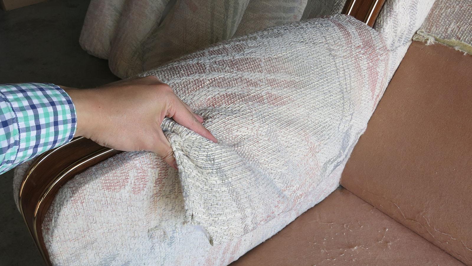 Couch Teardown 04 - armrest cushions