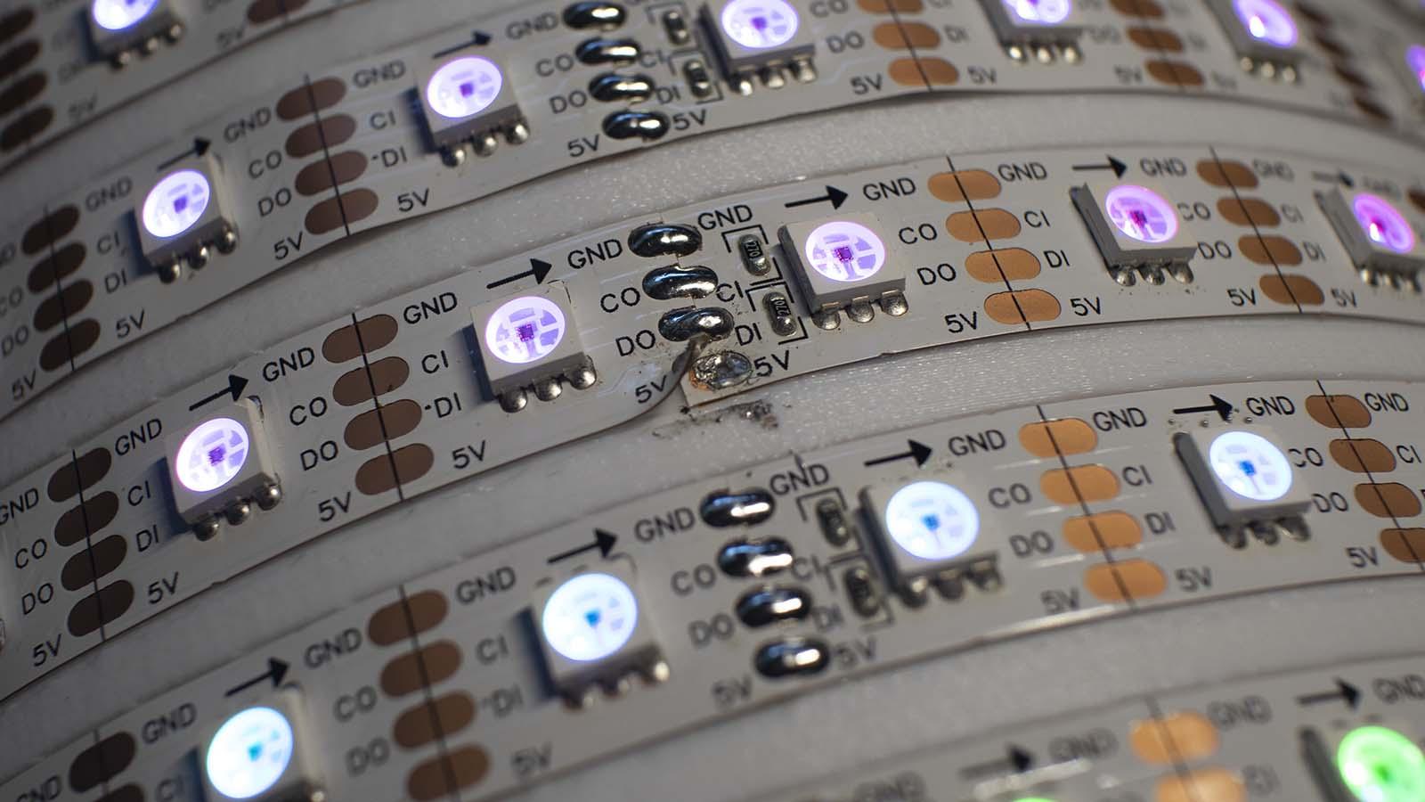 LED strip helix 5V disconnect