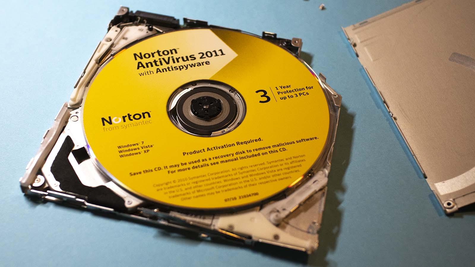 Panasonic UJ-867 20 Norton inside