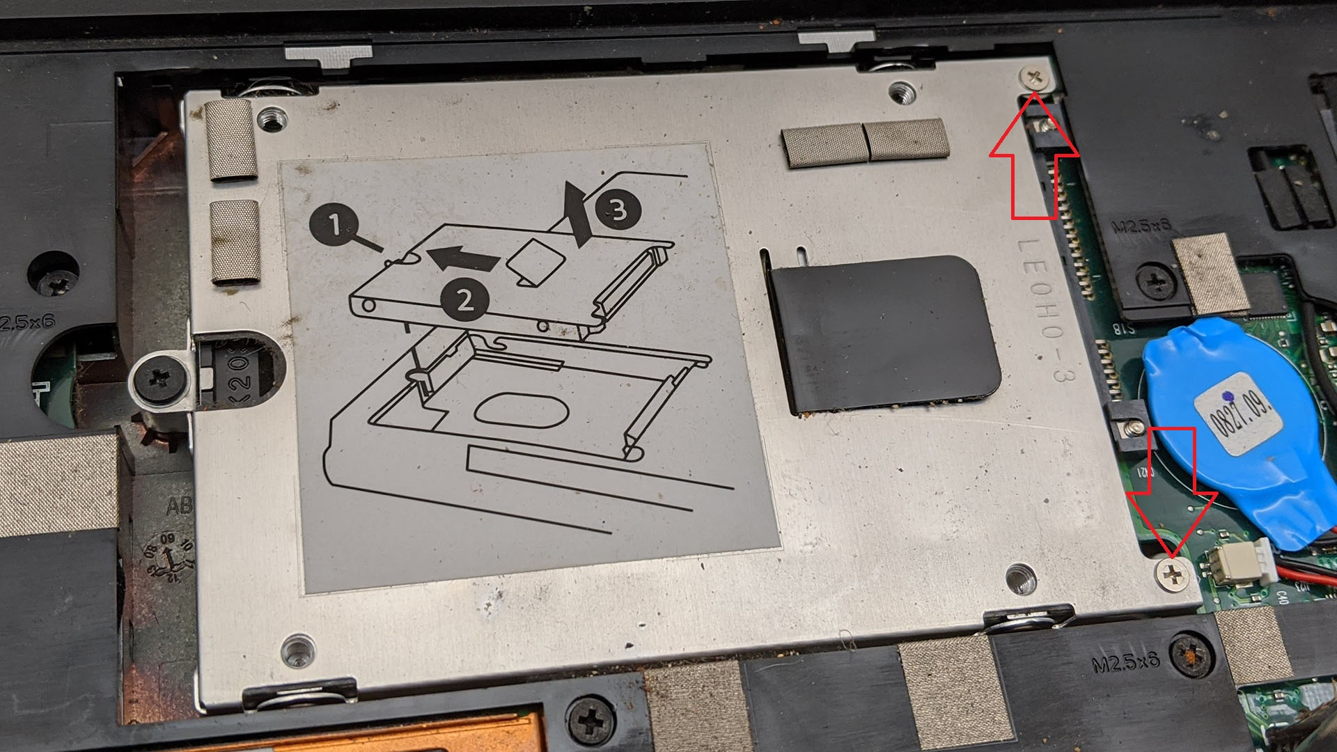 HP Mini 110-1134CL hard drive removal